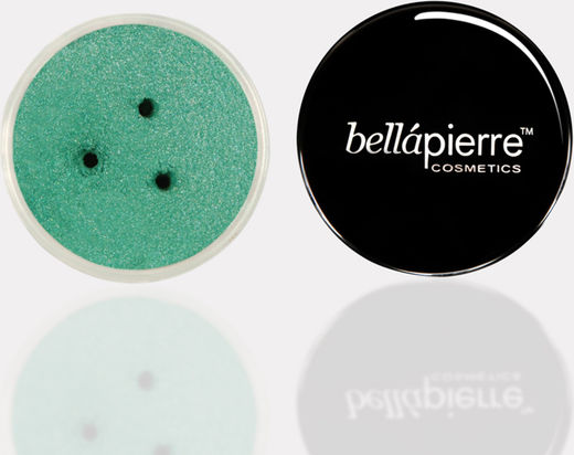 Bellapierre shimmer powder insist